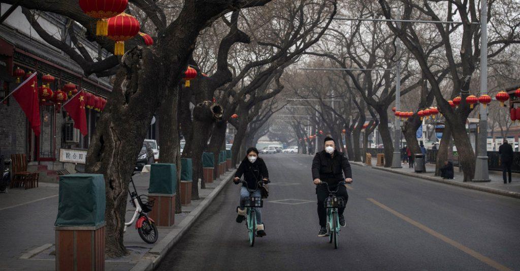 As Virus Spreads, Anger Floods Chinese Social Media