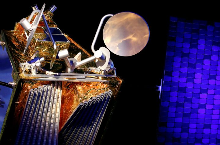 OneWeb Launches 34 Satellites as Astronomers Fear Radio Chatter
